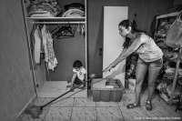 Casi un 74% de los niños que viven con madres solas en Andalucía son pobres, según un informe