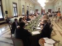 El Ayuntamiento asegura por primera vez la representación de la oposición en todas las empresas municipales
