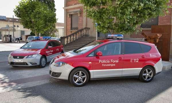 El Gobierno de Navarra recibe los 13 nuevos vehículos que adquirió a principio de año para la Policía Foral