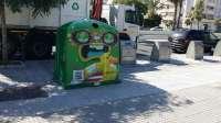 El Ayuntamiento de Málaga inicia una campaña para aumentar en casi 360.000 kilos el vidrio reciclado en verano