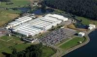 Unas 700 personas reivindican la permanencia de la fábrica de Treto en el Grupo Bosch