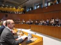 Las siete formaciones políticas de las Cortes protagonizan la sesión plenaria de investidura de este viernes