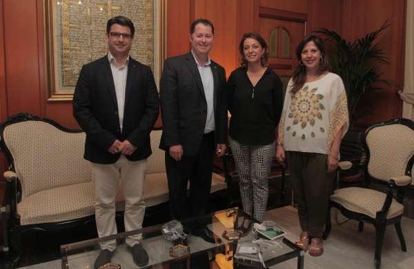 La alcaldesa de Córdoba se reúne con el ministro de Cultura de Australia del Sur