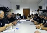 Hila se entrevista con la junta de mandos de la Policía Local