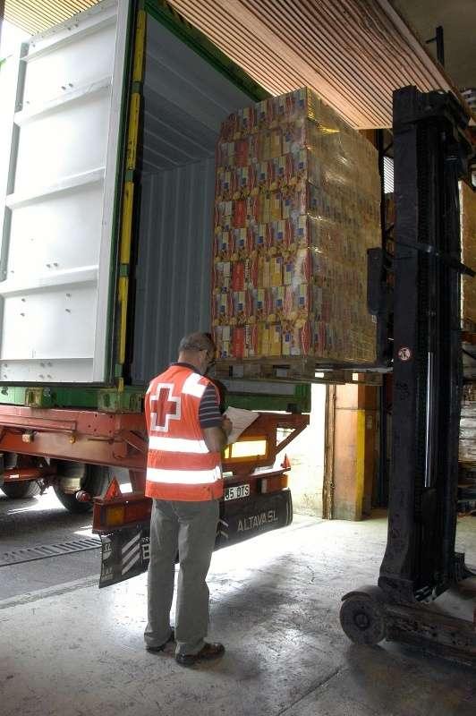 El programa de ayuda alimentaria reparte 625,7 toneladas de comida entre 38.100 onubenses