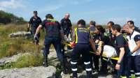 Rescatan a un vecino de Guipúzcoa que se cayó en una zona rocosa en la playa de Ris