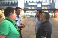 IU-CA pide al Ayuntamiento que medie en defensa de los vigilantes de la estación de Santa Justa