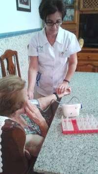 Enfermeras de Atención Primaria de Córdoba y Guadalquivir realizan casi 100.000 desplazamientos domiciliarios
