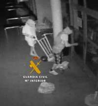 Sucesos.- Dos detenidos por una decena de robos en bares de la Serranía de Ronda