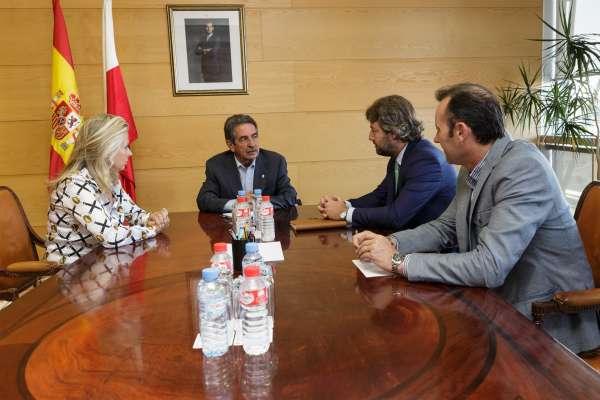 Cantabria trabaja en cuadrar un presupuesto