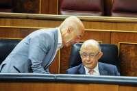 PGE.- Hurtado (PSOE) entrega a Montoro 500 firmas que piden más inversiones para la provincia en 2016