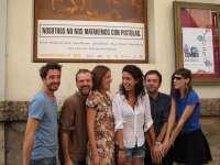 'Nosotros no nos mataremos con pistolas' vuelve a reunir en Valencia un grupo de amigos golpeados por la crisis