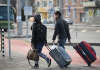 Unas 2.900 personas en Cantabria trasladaron su residencia al extranjero en 2014, un 6% menos
