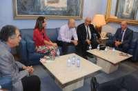 Diputación recibe a miembros de Delegación Ministerial de Palestina y muestra su