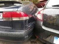 Herido en Valladolid un conductor al sufrir una indisposición y chocar contra dos vehículos aparcados