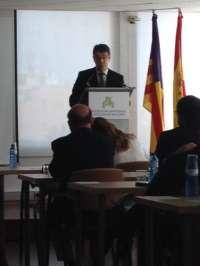 Álvaro Nadal dice que el impuesto turístico