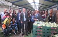 Una delegación de Angola se fija en Mercamálaga para conocer cómo gestionar un mercado mayorista