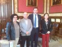 El Ayuntamiento de Valladolid garantiza el programa de formación de adultos en La Rondilla con la firma del convenio