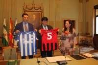 El equipo de fútbol femenino Sporting Club de Huelva lucirá está temporada en su camiseta la marca del destino