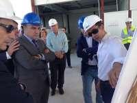 La Diputación invierte 120.000 euros en la instalación de césped artificial en el campo de fútbol 7 de Moclinejo