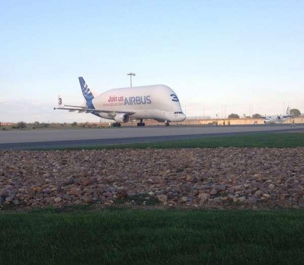 Sostenible.-Airbus recibe las alas del primer A400M que entregará a España en el segundo cuatrimestre de 2016