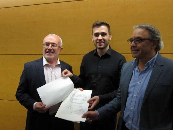 Las Corts derogarán la 'Ley de Señas de Identidad' a propuesta de PSPV, Compromís y Podemos