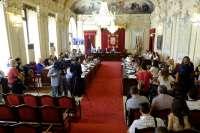 Los grupos en el Ayuntamiento acuerdan reducir la duración de los debates del pleno, que se mantiene en un día