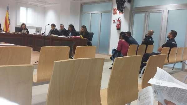 El hombre acusado de matar a una exedil socialista de Lorca en El Campello alega que fue en defensa propia