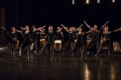 Seminci- Carlos Saura presenta este lunes fuera de concurso 'Zonda, folclore argentino', un nuevo viaje por la música