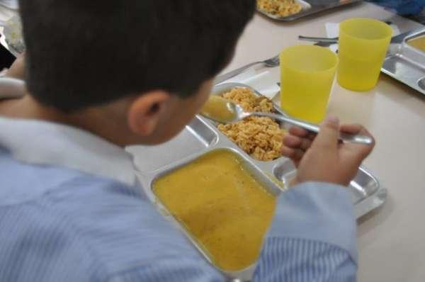 Educación adjudica los comedores escolares de 91 centros de C-LM a ...
