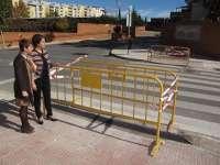 El Ayuntamiento de Teruel elimina las barreras arquitectónicas en el paso de peatones de la Residencia Javalambre