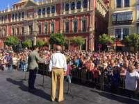Cultura.- Más de 2.000 personas participan en una marcha en defensa de las Sevillanas como identidad cultural