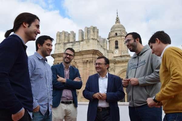 20D.- El PSOE dice de García Urbano que es el alcalde que