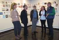 Una muestra reúne 1.600 'Postales desde el Limbo' para colaborar con el Centro de Solidaridad-Proyecto Hombre