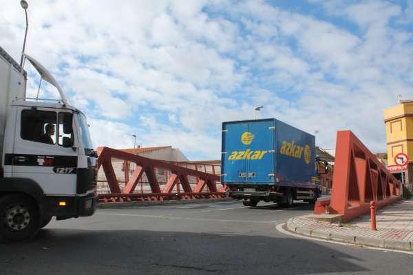 Transportistas de mercancías por carretera de CyL critican que los partidos se olvidan una vez más del sector