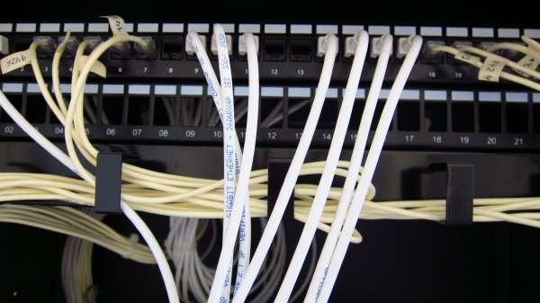 Un total de 291.000 alumnos se beneficiarán de banda ancha ultrarrápida en 918 centros de C-LM