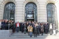 La DPZ guarda un minuto de silencio para condenar el asesinato de una mujer en la capital aragonesa