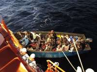 Más de 3.000 inmigrantes llegan en 174 pateras a las costas andaluzas en 2015