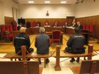 Tribunales.- Condenado a diez años de cárcel el acusado de secuestrar a su exmujer e hija