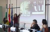 Expertos y asociaciones ven necesario reforzar la regulación de publicidad para proteger derechos en el ámbito digital