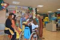 Correos recoge en el Hospital Reina Sofía cartas dirigidas a los Reyes Magos
