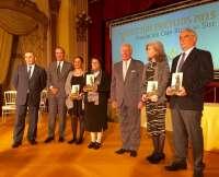 El presidente de Caja Rural del Sur destaca los méritos de los premiados por la Fundación de la entidad