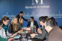 Diputación aprueba ayudas económicas a familias desfavorecidas de 10 municipios por un valor de 15.000 euros