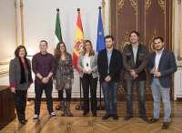 Susana Díaz recibe a la Comisión Permanente del Consejo de la Juventud de Andalucía