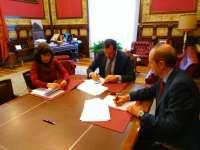 El Ayuntamiento y Aguas de Valladolid crean un fondo de 60.000 euros para garantizar suministro a personas vulnerables