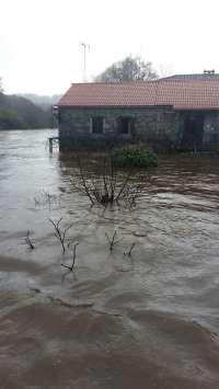 Remite el temporal en la tarde del viernes pero continúan las inundaciones con un centenar de incidencias más