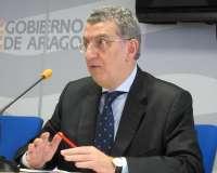 El consejero de Sanidad de Aragón afirma que hay que tener una actitud de vigilancia activa ante el virus del Zika