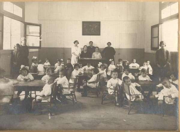 La exposición 'Recuerdo Escolar', en el Centro de Interpretación de la Guerra Civil de Robres