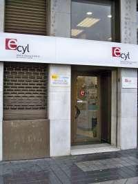 Castilla y León registró 252.443 demandantes de empleo en enero, un 8,67 por ciento menos que en 2015