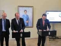 Gobierno regional y CROEM fijarán plazos a la tramitación de expedientes y el 'silencio administrativo positivo'